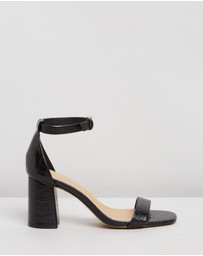 SPURR - Shelly Heels