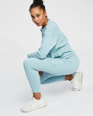 ASICS Soft Stretch Sweat Pant   Women's - Short Sleeve T-Shirts (Smoke Blue)