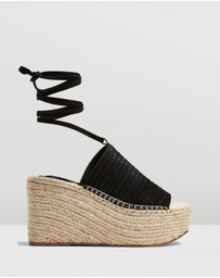 TOPSHOP - Weekend Wedges