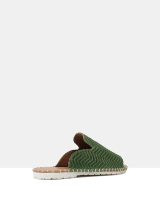 Sempre Di Lark - Casual Shoes (Green-300)