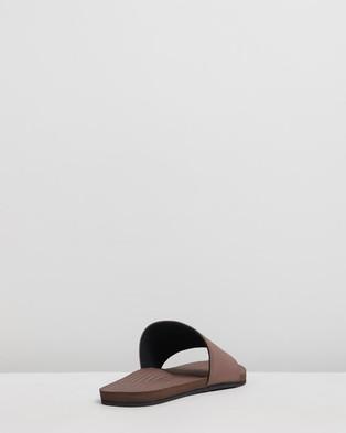 Indosole ESSENTLS Slides   Men's - Casual Shoes (Soil)