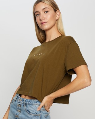 Rusty Essentials Crop Short Sleeve Tee - Cropped tops (Cao)