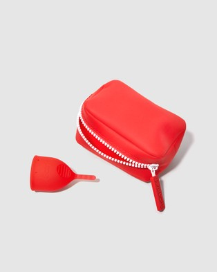 Scarlet The Period Cup Case - Beauty (Red)