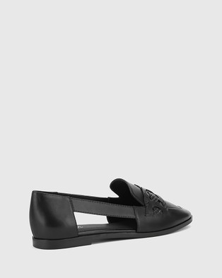 Wittner Arya Leather Circular Trim Loafers - Flats (Black)