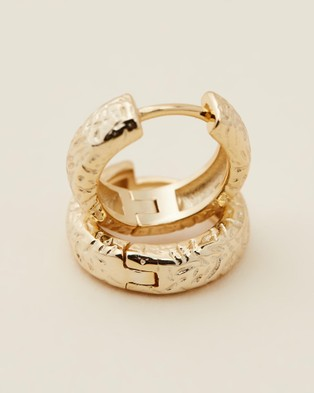 Carly Paiker Isola Huggies Jewellery Gold