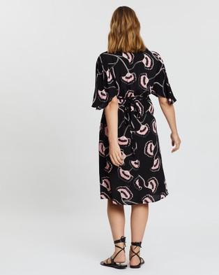 Angel Maternity Maternity V Neck Dress - Printed Dresses (Black Print)