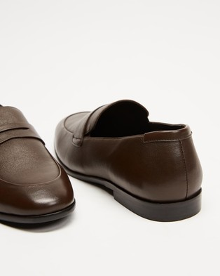 Double Oak Mills Anthony Leather Loafers - Dress Shoes (Brown)