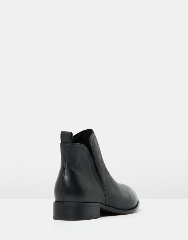 Women Douglas Leather Ankle Boots