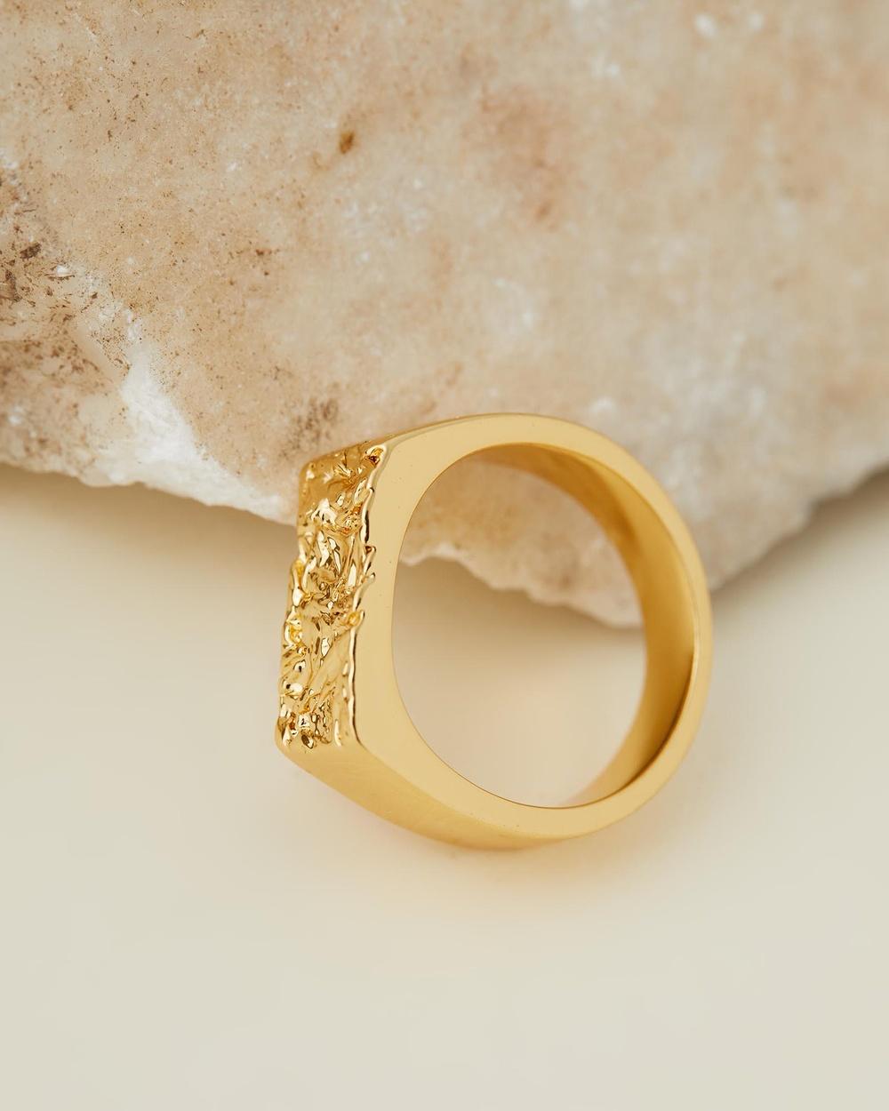 Amber Sceats Vernon Ring Jewellery Gold