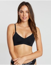 Calvin Klein - Form Triangle Bra