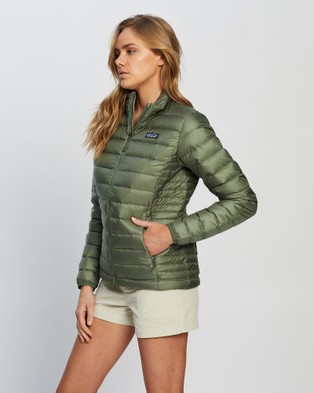 Patagonia Down Sweater   Women's - Coats & Jackets (Camp Green)