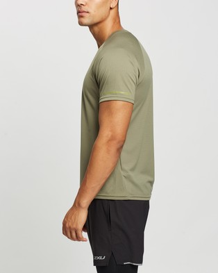 2XU - Aero Running Tee Short Sleeve T-Shirts (Alpine & Kiwi Reflective)
