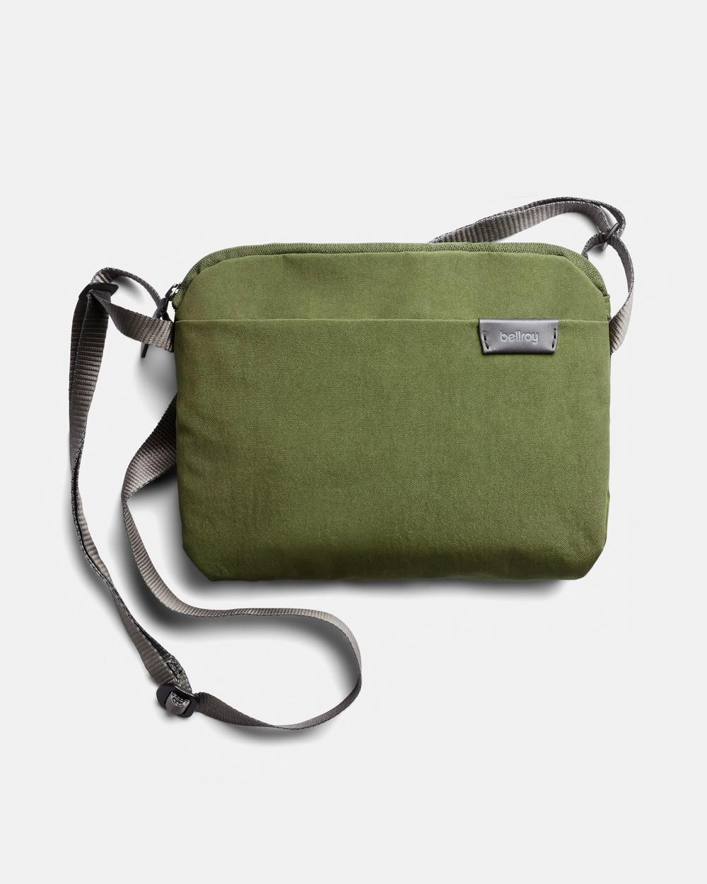 Bellroy City Pouch Plus Handbags green