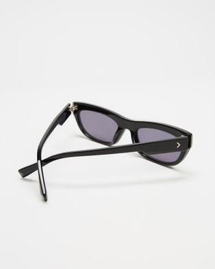 KENDALL + KYLIE Courtney - Sunglasses (Black)