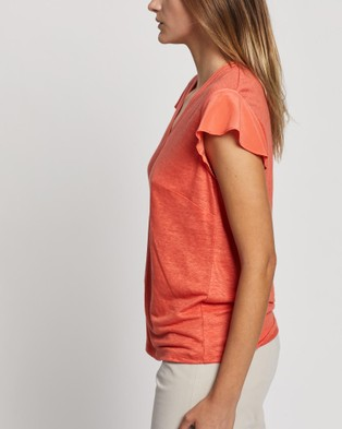 David Lawrence - Mixed Media Flutter Sleeve Top T-Shirts & Singlets (CORAL)