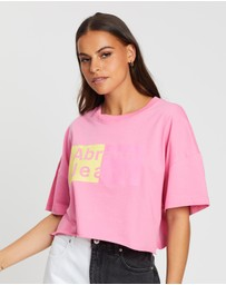 Abrand - A Cropped Oversized Tee