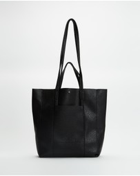 PETA AND JAIN - Liv Tote Bag