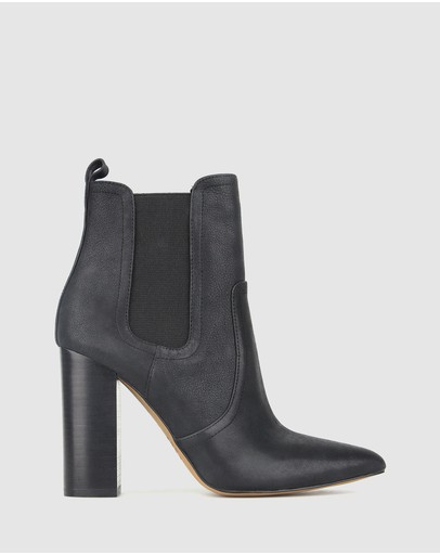 Zu Vixen Point Toe Chelsea Boots Black Pebble