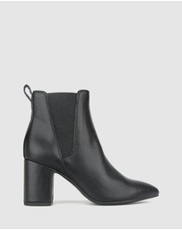 Betts - Arctic Block Heel Ankle Boots