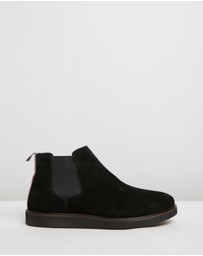 OFFICE - Barnaby Wedge Chelsea Boots