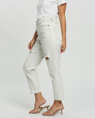 TOPSHOP Petite - PETITE Ripped Mom Tapered Jeans - High-Waisted (Bleach) PETITE Ripped Mom Tapered Jeans
