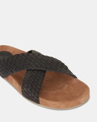 Urge Kiki - Slides (Black)