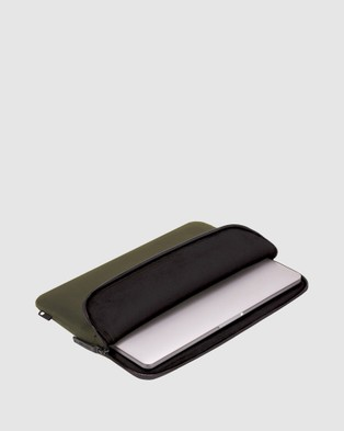 Incase Compact Sleeve In Flight Nylon For 13