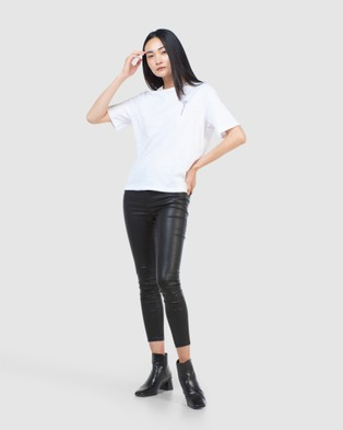 Superdry - Surplus Graphic Tee T-Shirts (Brilliant White)