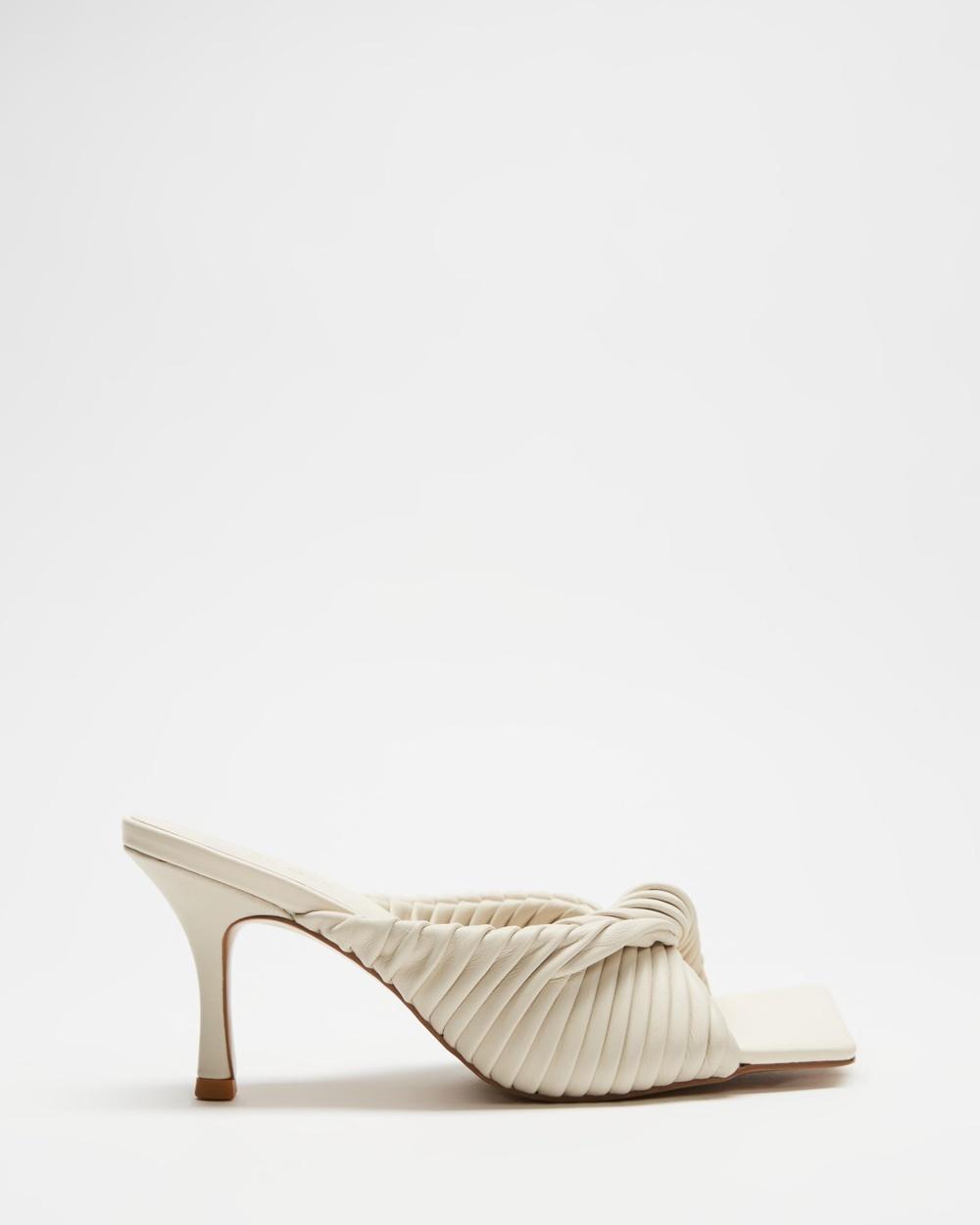 Alias Mae Flora Heels Bone Leather