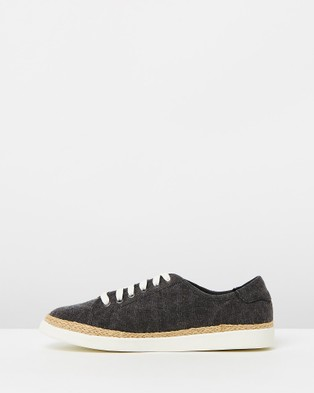 Vionic Hattie Sneakers - Lifestyle Sneakers (Black)