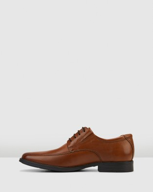 Clarks Tilden Walk - Dress Shoes (Dark Tan Leather)