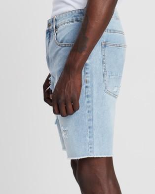 Silent Theory - Ramble Ripped Shorts - Denim (DENIM) Ramble Ripped Shorts
