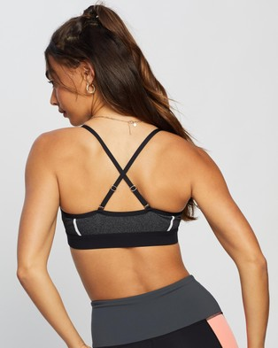 P.E Nation Forward Pass Sports Bra - Crop Tops (Pearled Ivory)