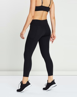 Arc'teryx Oriel Leggings   Women's - 7/8 Tights (Black)