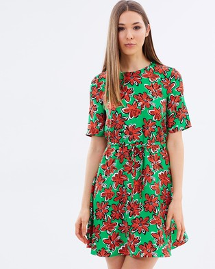 Warehouse – Woodblock Daisy Flippy Dress Green