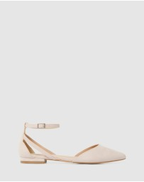 Forever New - Piper Pointed Flat Shoes