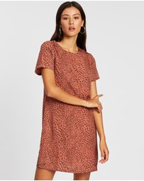 All About Eve - Roaming Shift Dress