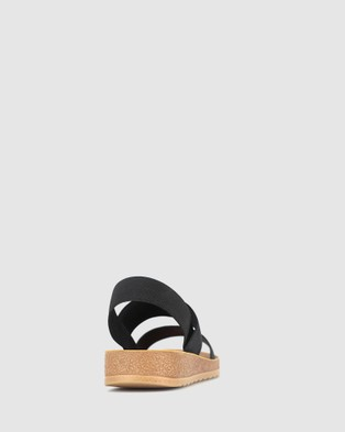 Betts Rise Elastic Low Wedge Sandals - Sandals (Black)
