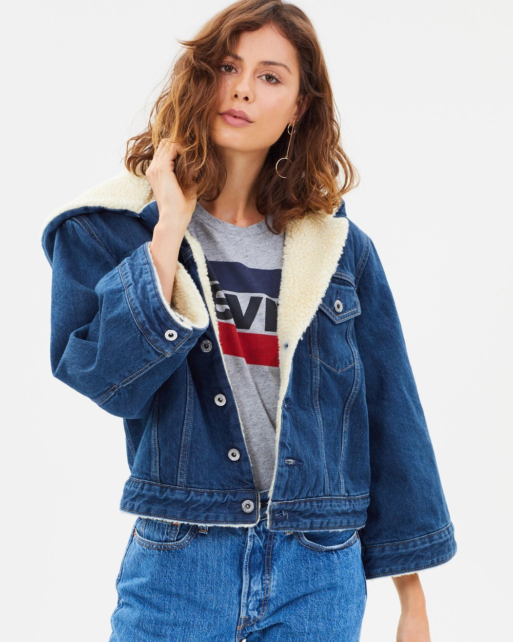 f56d001aa63 LMC Cropped Sherpa Trucker Jacket by Levi s Made   Crafted Online ...