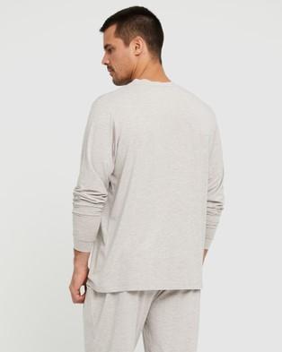 Bamboo Body Men's Long Sleeve Crew Neck Sleepwear Oatmeal