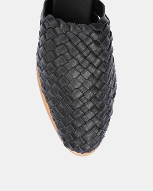 Urge Luella - Slides (Black)