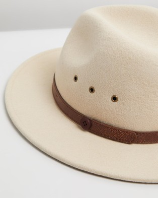 Billy Bones Club C.R.E.A.M Fedora - Hats (Cream)