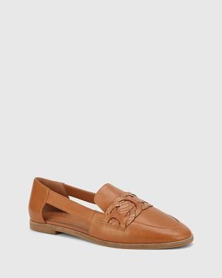 Wittner Arya Leather Circular Trim Loafers Flats Tan