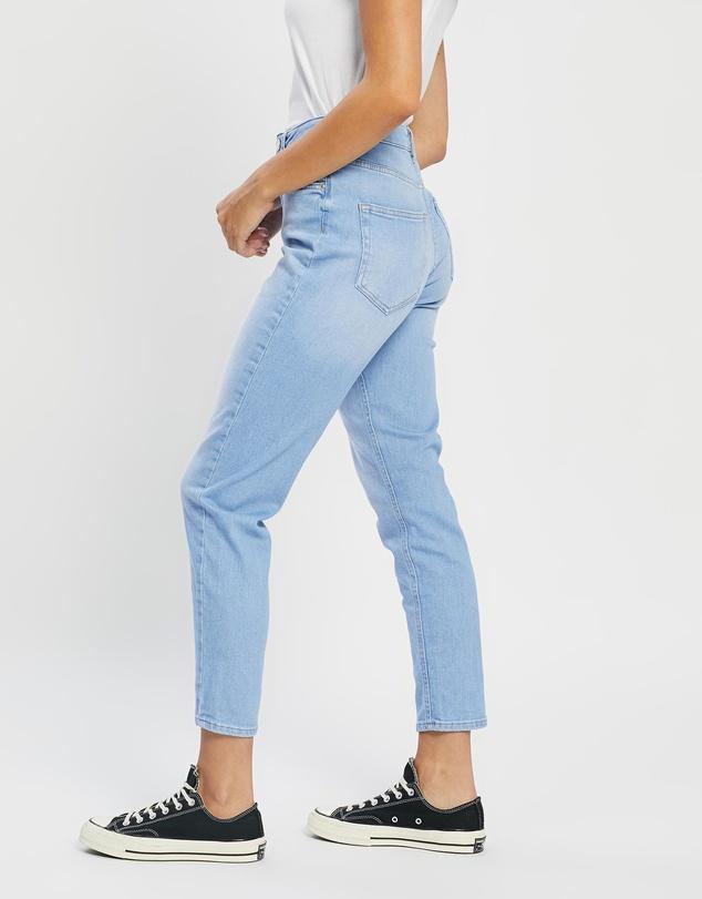 Women Veneda Mom Jeans
