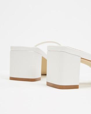 Sol Sana Lottie Mules - Sandals (White Leather)