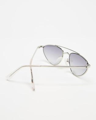 KENDALL + KYLIE Leia - Sunglasses (Shiny Silver)