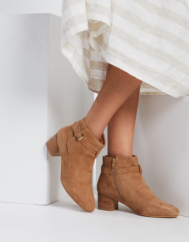 Women Sandra Leather Ankle Boots