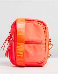 Poppy Lissiman - Nifty Camera Bag