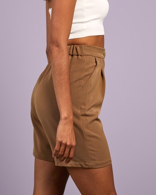 4th & Reckless Prickett Shorts High-Waisted Beige