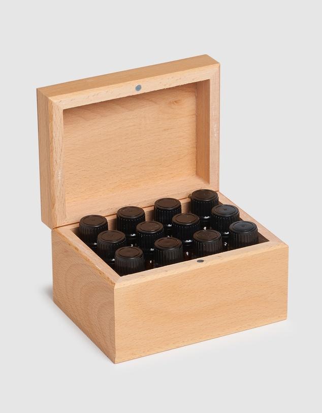 Life ECO. Aromatherapist Essentials Box